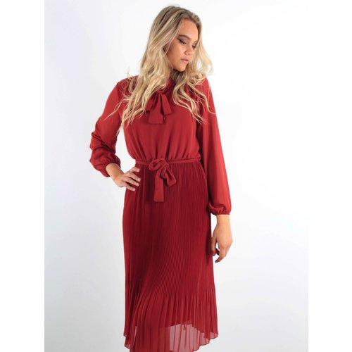 LADYLIKE FASHION Maxi Dress Pleated Red