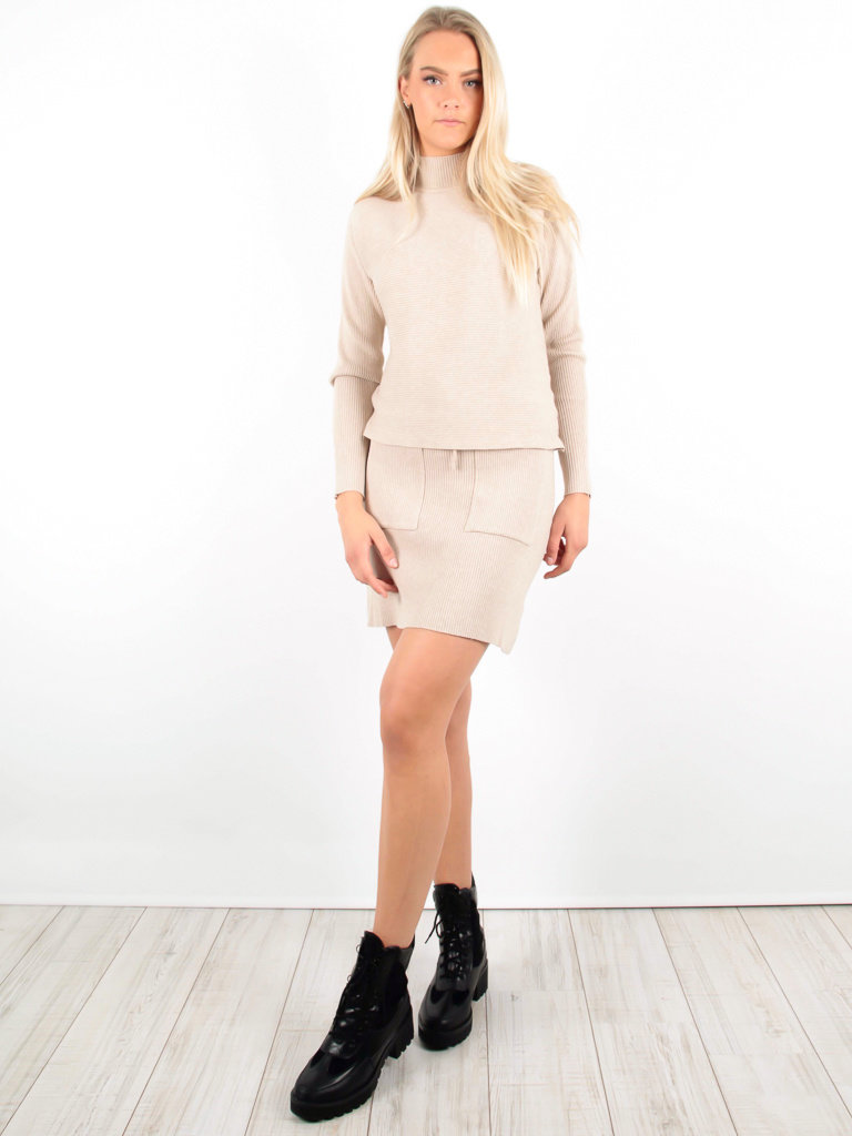 PURPLE QUEEN - LADYLIKE FASHION Ribbed Mini Skirt Beige
