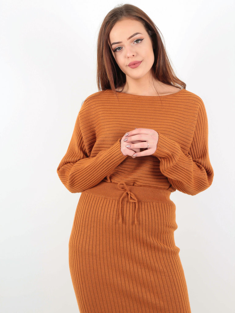 PURPLE QUEEN Ribbed Long Sleeve Jumper Rust
