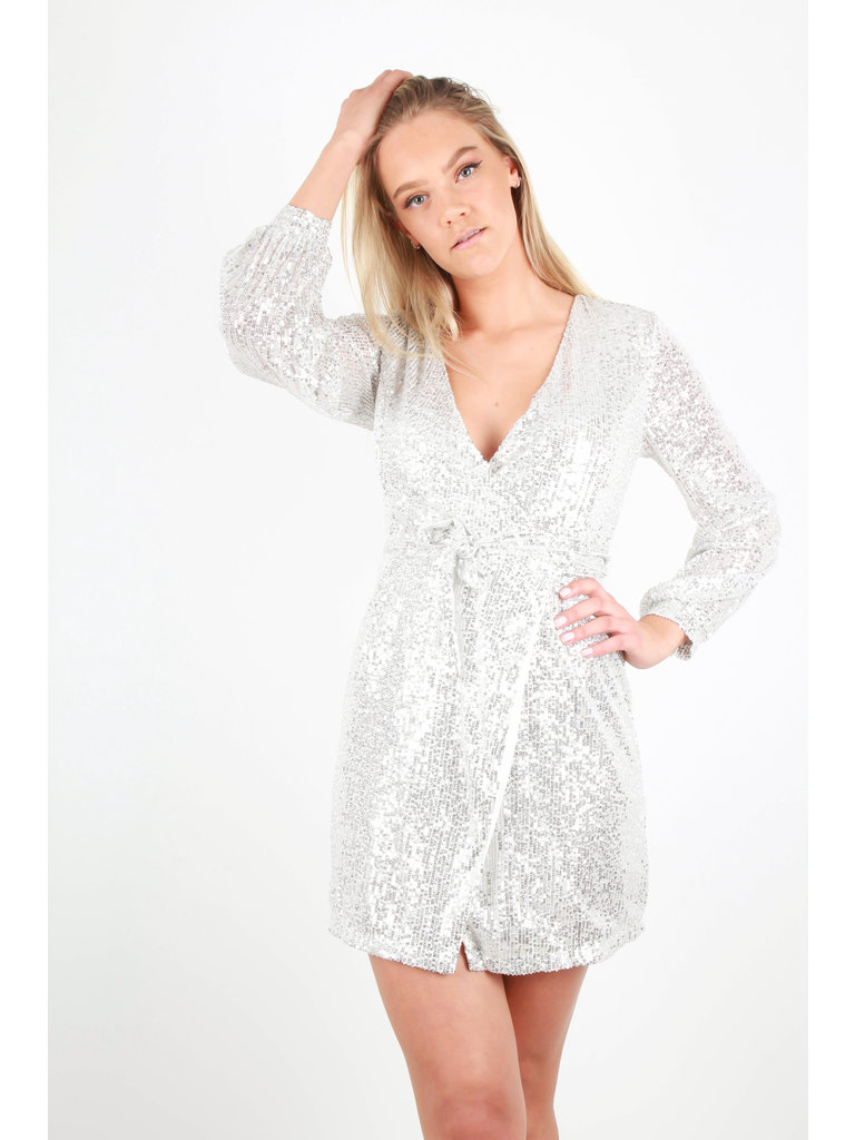 RETRO ICONE - LADYLIKE FASHION Sequin Wrap Dress Silver