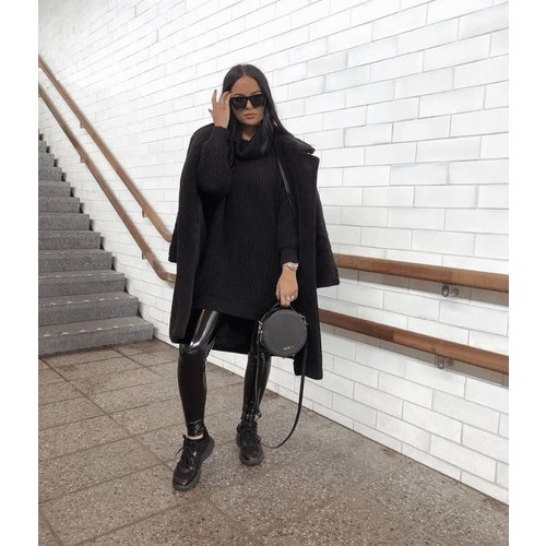 LADYLIKE FASHION Knitted Roll Neck Dress Black