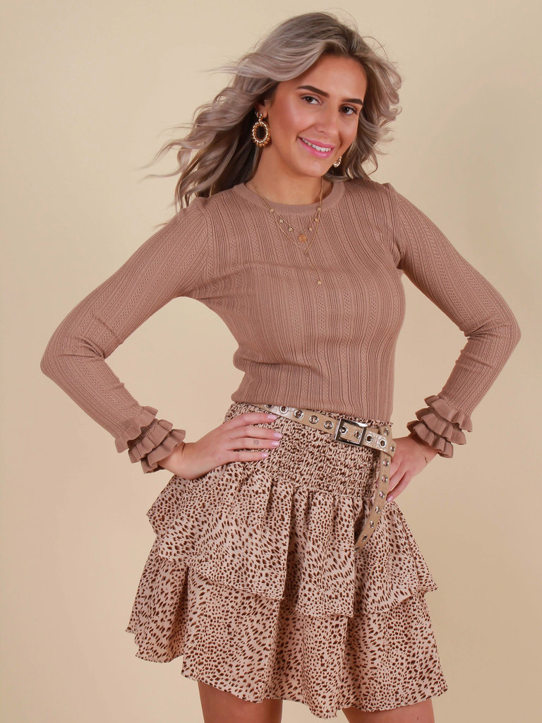 BY CLARA Jumper Ruffled Sleeve  Camel