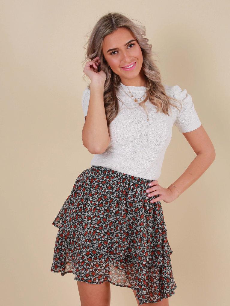 BY CLARA Ruffle Skirt Roses/Black