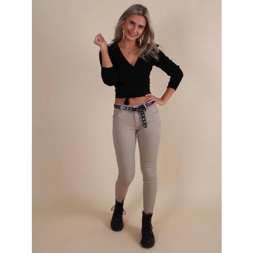 QUEEN HEARTS Skinny Jeans Crop Fray Hem Beige