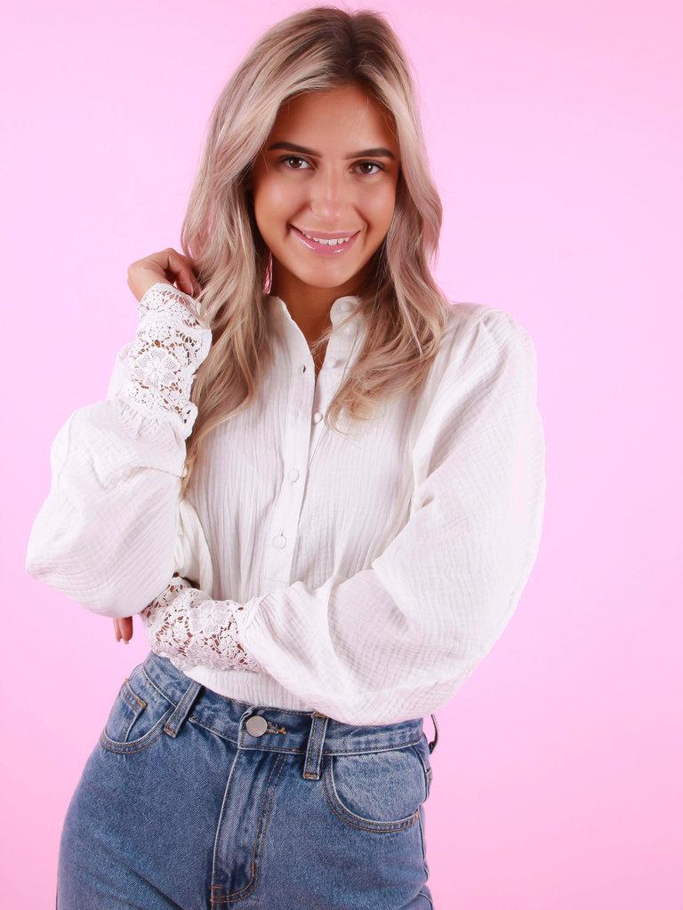 DRŌLE DE  COPINE Puff Sleeve Lace Blouse White