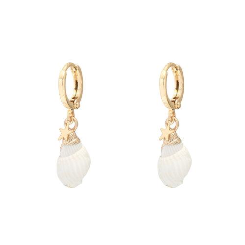 LADYLIKE Earrings Classy Conch Gold