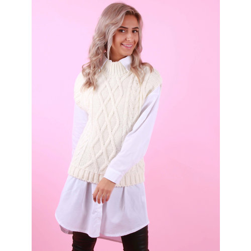 MODA ITALIA Cable Knit Spencer Ecru