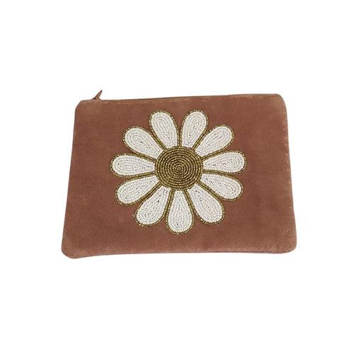 Velvet pouch daisy