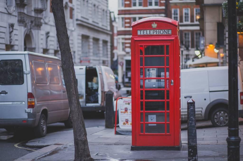 In Londen kun je binnenkort flexwerken in een telefooncel