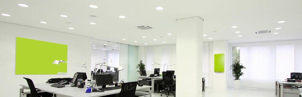 Warme of koude verlichting op kantoor?