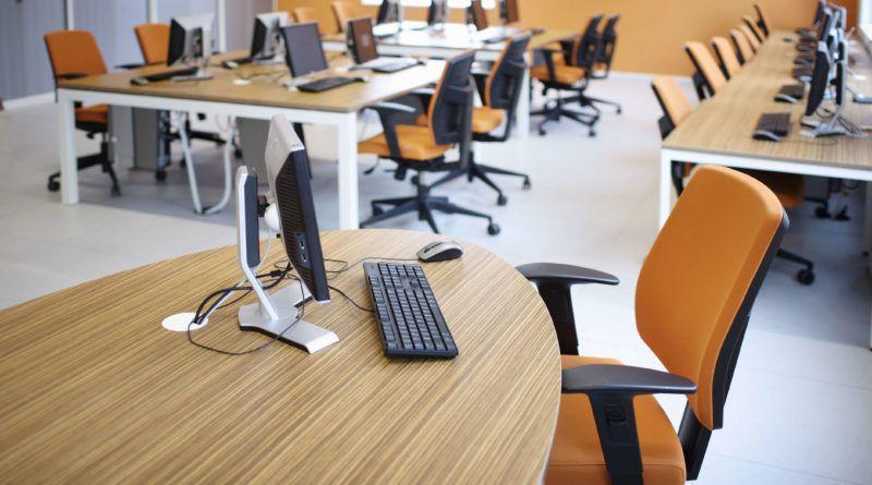 Zo creëer je ergonomische werkplekken in de mediatheek
