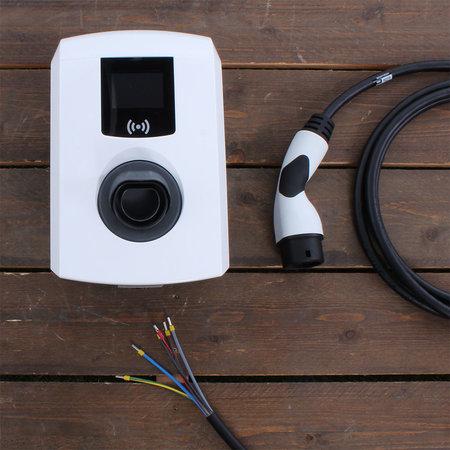 Alfen  Eve Single Pro-line - 3 x 16A (11kW) - 5 meter vaste kabel - RFID - E-Flux
