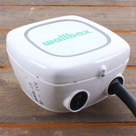 Wallbox Pulsar Plus 22 kW - EV Laadstation Wit type 2 met vaste rechte laadkabel