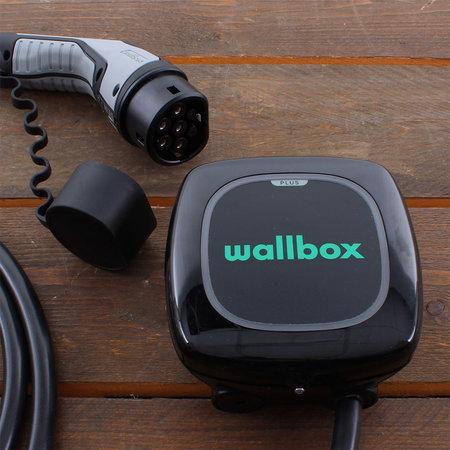 Wallbox Pulsar Plus 22 kW - EV Laadstation Zwart type 2 met vaste rechte laadkabel