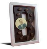 Chocoladeletter gedecoreerd met foto