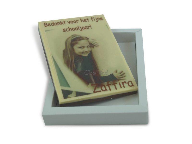 Middelgrote chocoladekaart met foto