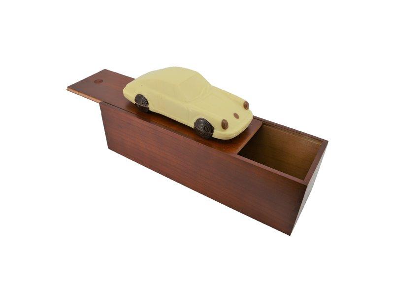 Chocolade Sportauto met garage