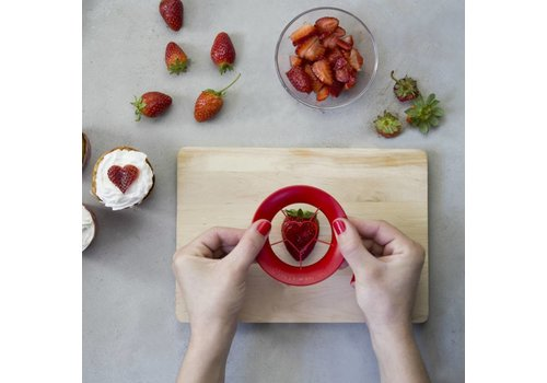 Peleg Design Sweet Heart strawberry cutter