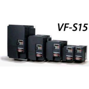 Toshiba VFS15-4037PL-W1 3 fase frequentieregelaar 380 VAC, 3,7 kW