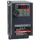 Toshiba VFS15S-2007PL-W1 1 fase frequentieregelaar 230 VAC, 0,7 kW