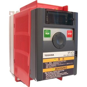 Toshiba VFnC3S-2004PL 1 fase frequentieregelaar 230 VAC, 0,4 kW