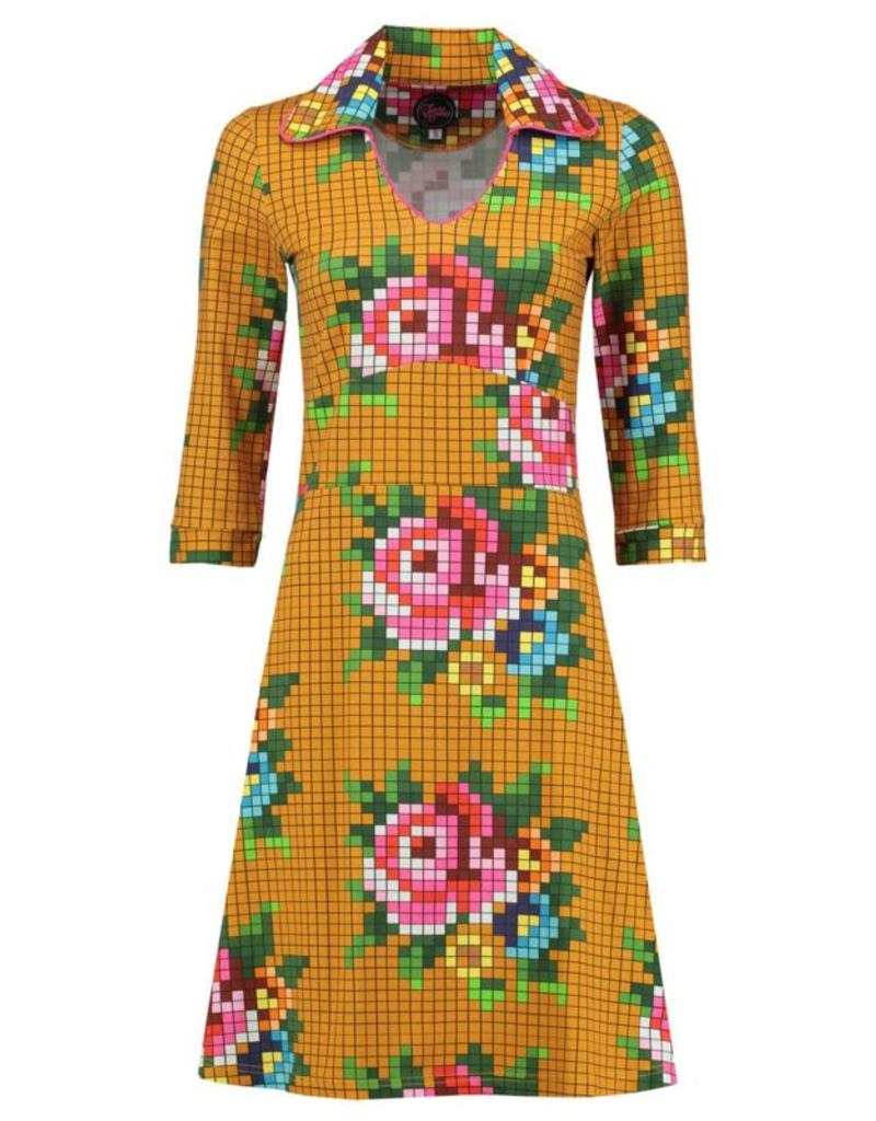 Tante Betsy Mia Pixel dress Gold