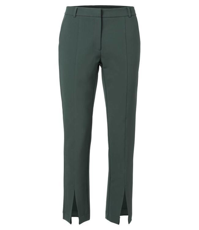 Yaya 121102-822 Sporty pantalon with slits Jade green