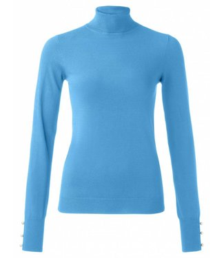 Yaya 100064-824 Classic turtleneck sweater with pearl buttons on cuffs – Blue