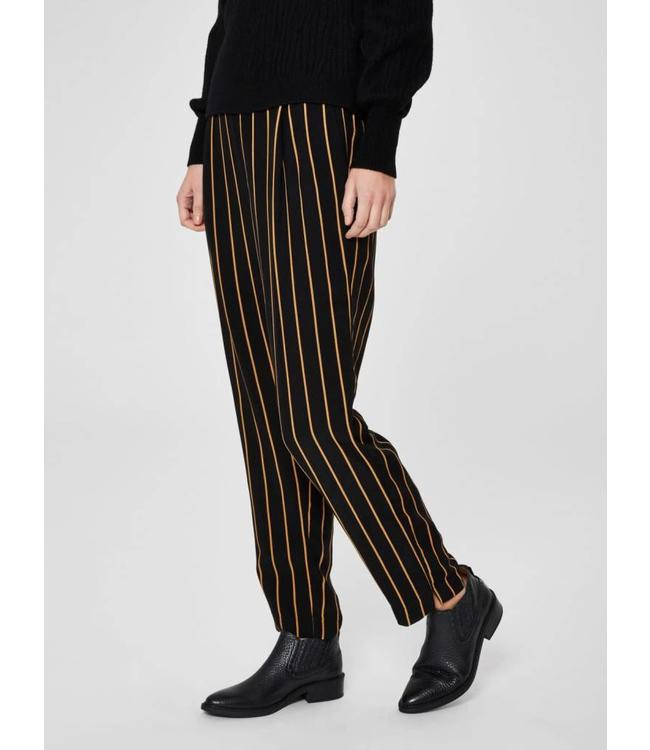 Selected Femme 16065105 SLFalessa MW ankle Pant Stripes