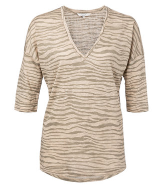 Yaya 191967-913 Linen V-neck top with ¾ sleeves and zebra print