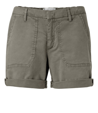 Yaya 123107-914 Bermuda shorts withs worker pockets on front