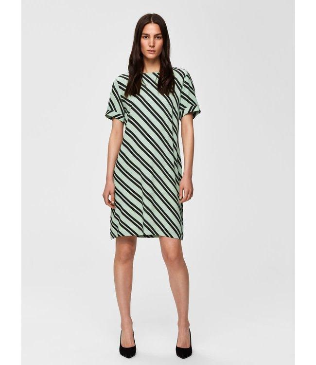 Selected Femme 16068139 slfpixie ss short dress b