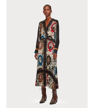 Maison Scotch 154274 Printed pleated midi length dress with v-neck
