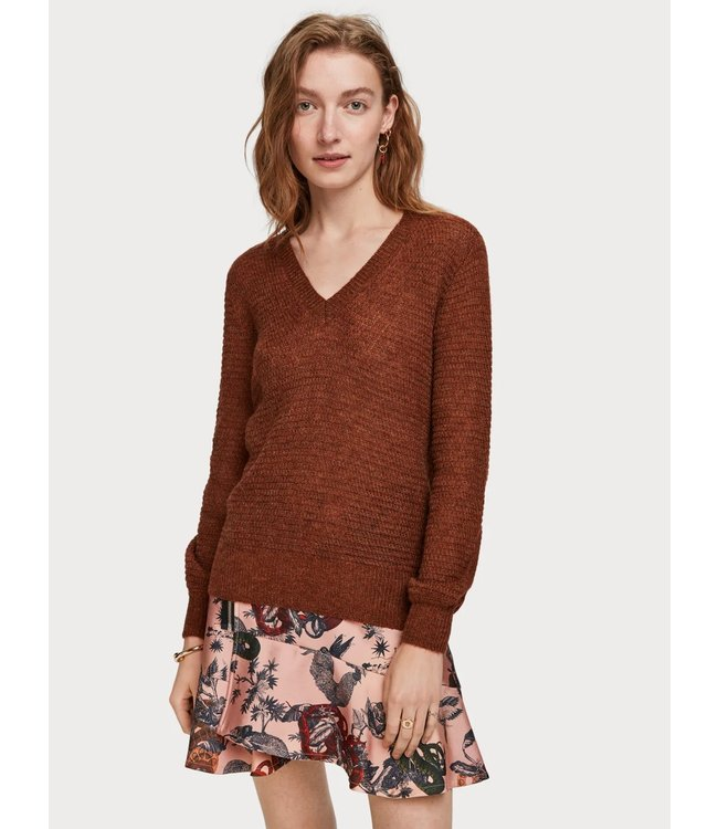 Maison Scotch 153163 V-neck pull with lurex