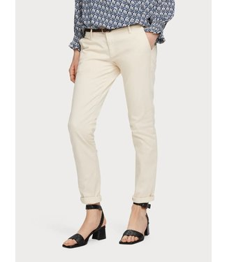 Maison Scotch 156341 Slim fit chino, sold with belt