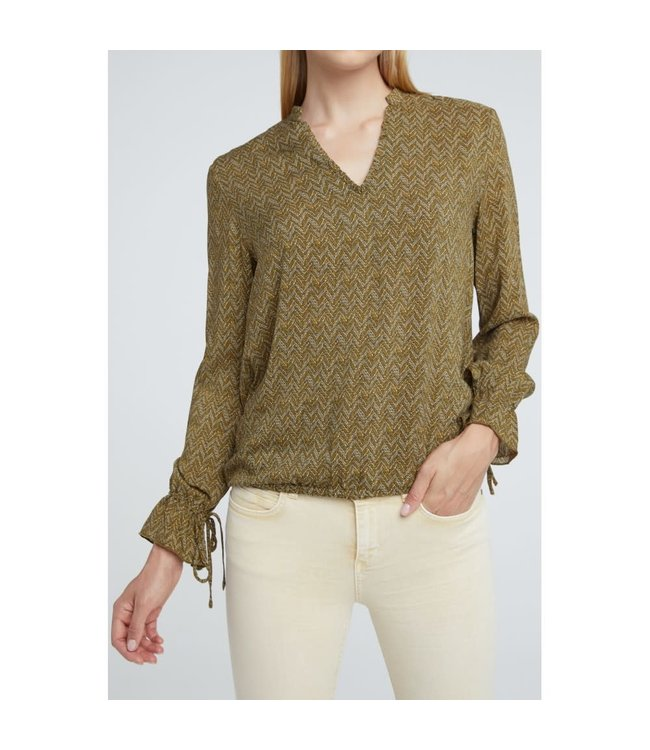 Yaya 1901256-013 Ruffled V-neck blouse with drawstrings