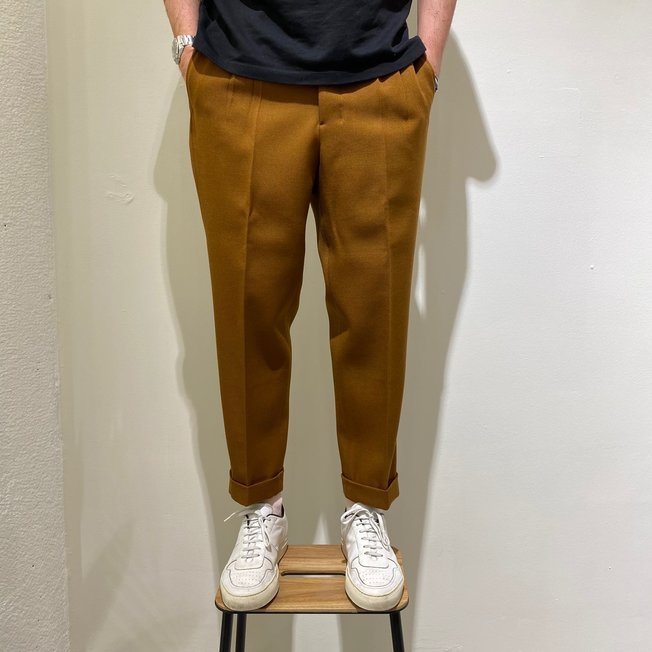 AMI Carrot Fit Trouser Copper