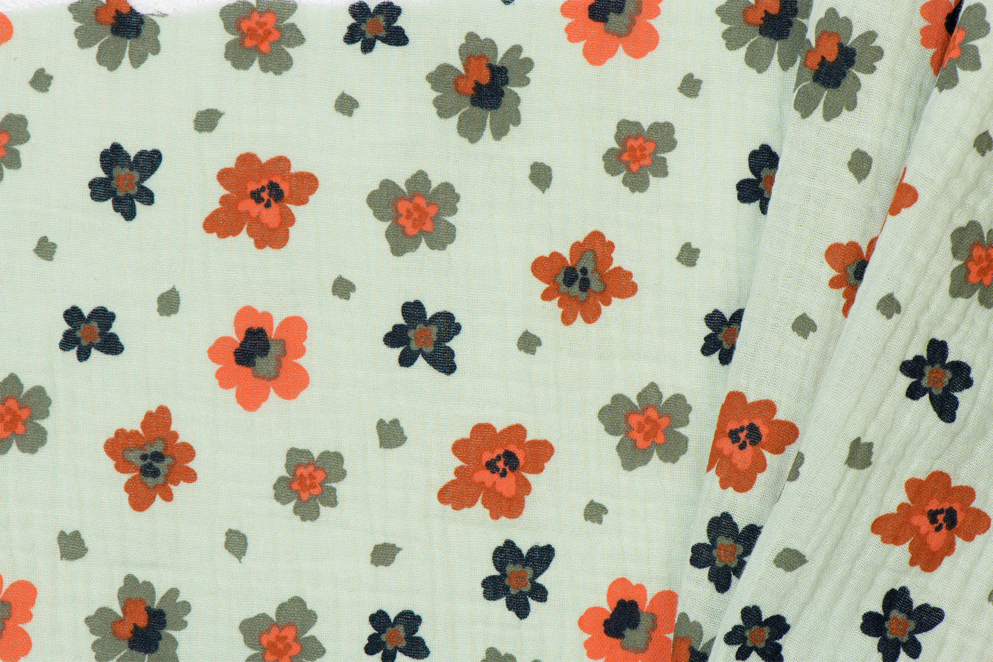 by Poppy designed for you GOTS Double Gauze / Mousseline Flowers Light Mint