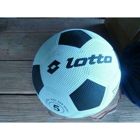 Lotto Street Soccer voetbal size 5