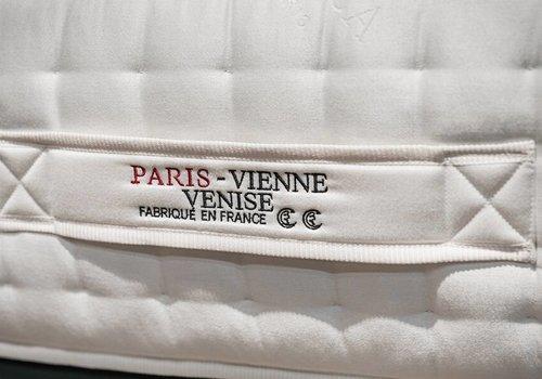 Treca Paris matras
