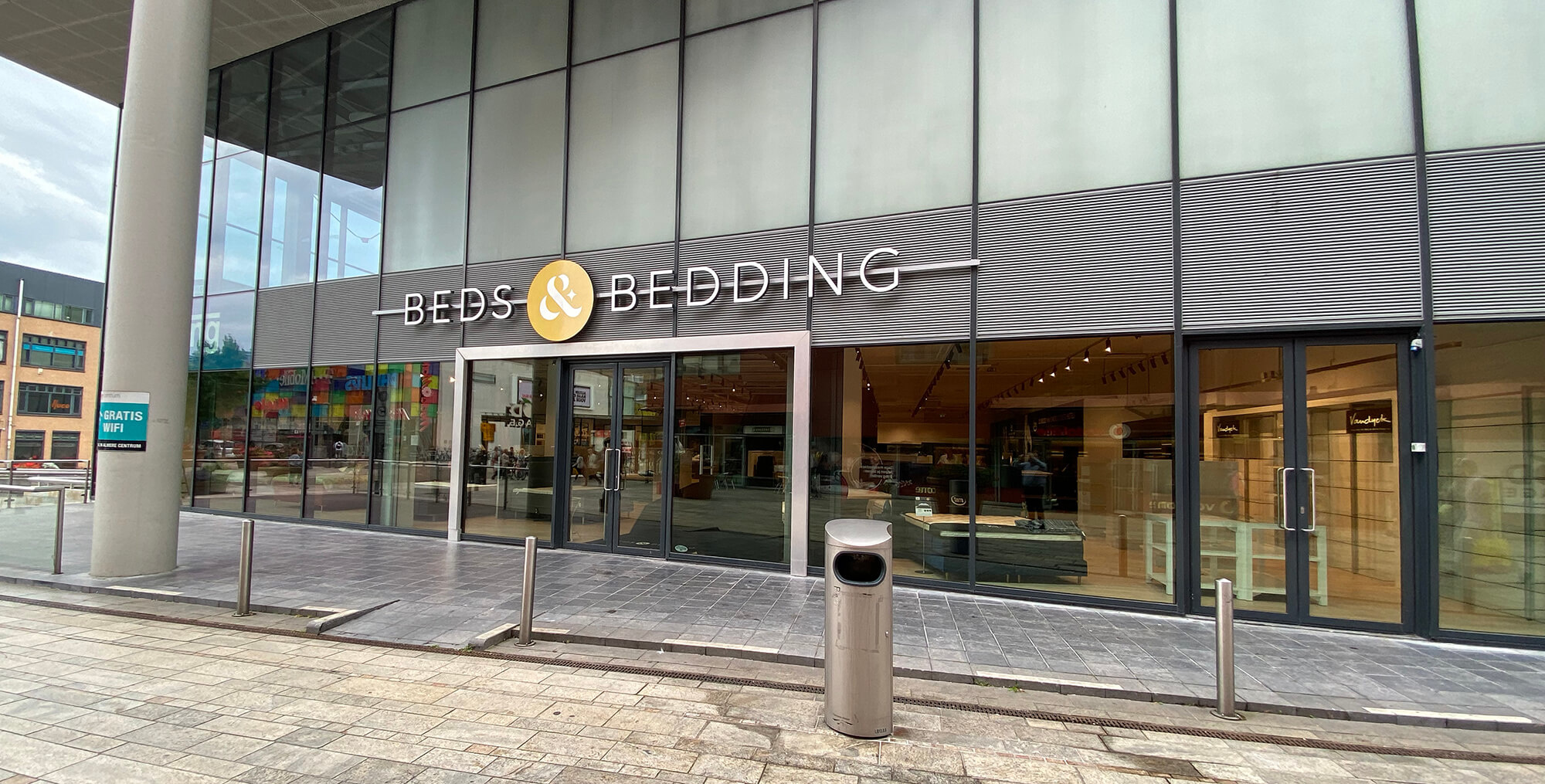 Beds & Bedding Almere