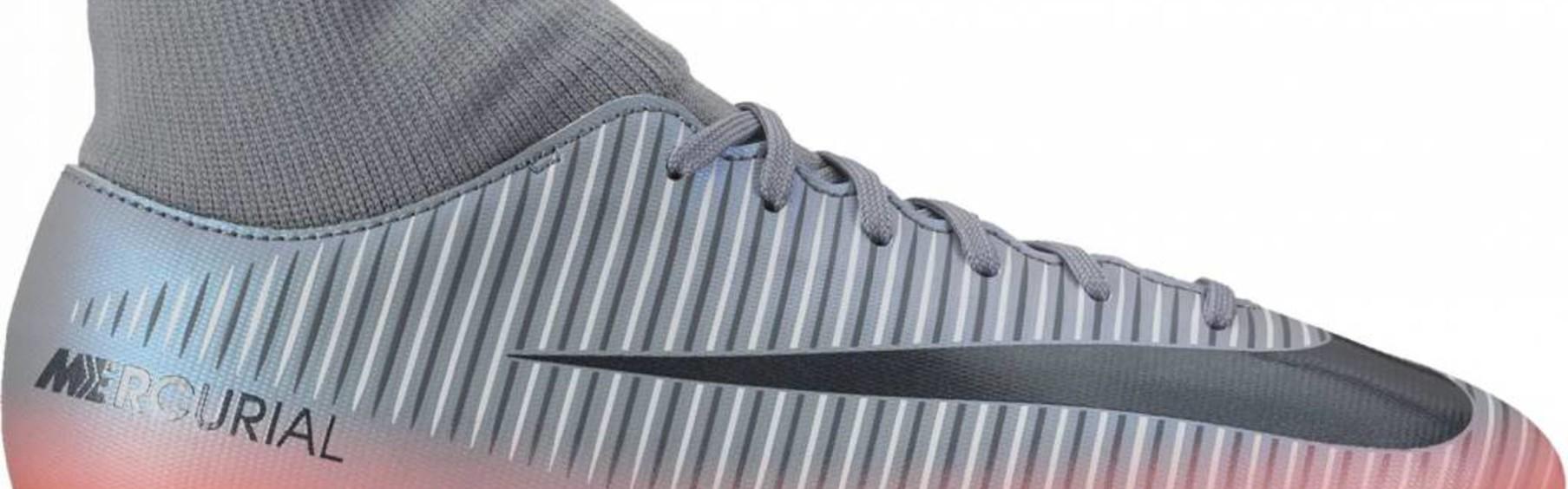 promo code 151e3 78a84 Wat is beter voetbalschoenen met sokje of zonder