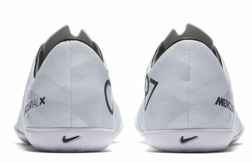 Nike MercurialX Victory VI CR7 IC JR.