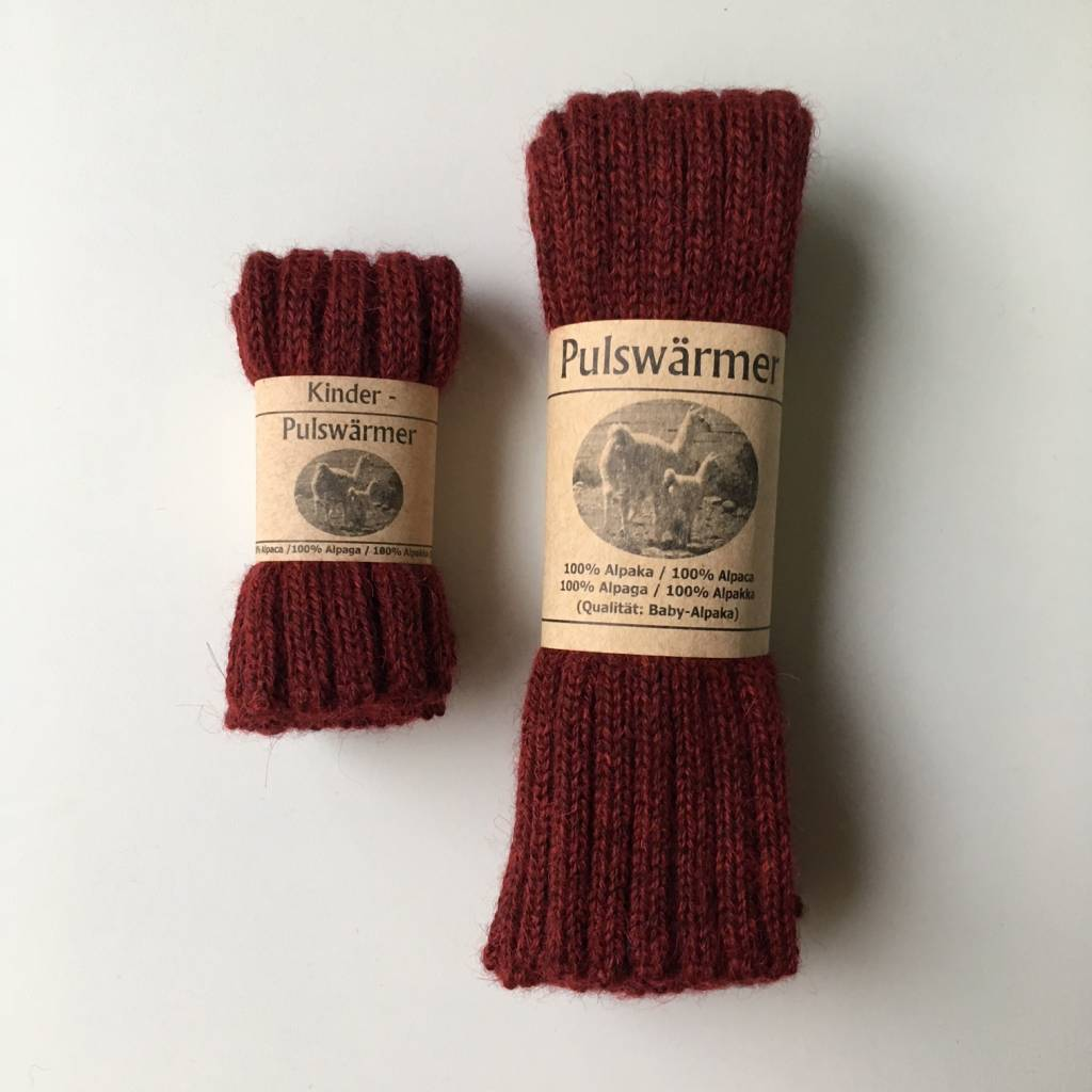 Baby Alpaca by De Colores woolen wristwarmers/ legwarmers set of 2 - knitted in 100% baby alpaca - rib - wine red - one size