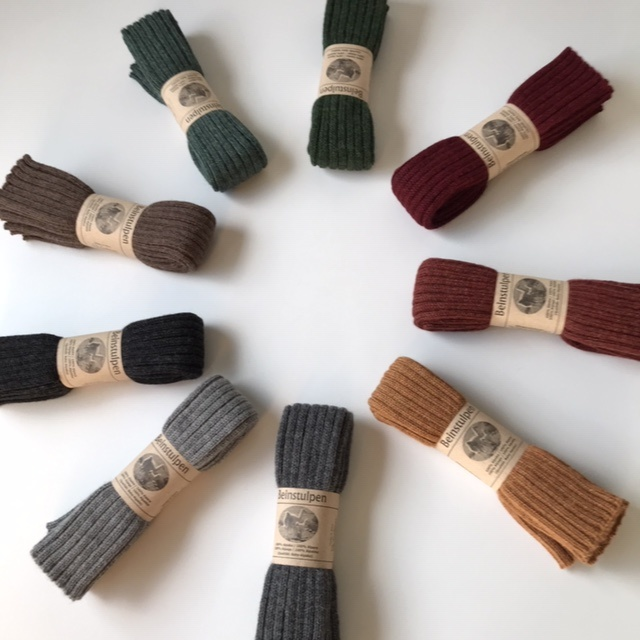 Baby Alpaca by De Colores woolen legwarmers adult - knitted in 100% baby alpaca - rib - anthracite