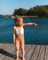 Silly Silas - korte maillot/ shorts met bretels - 100% katoen - salmon brown -  0 tm 3 jaar