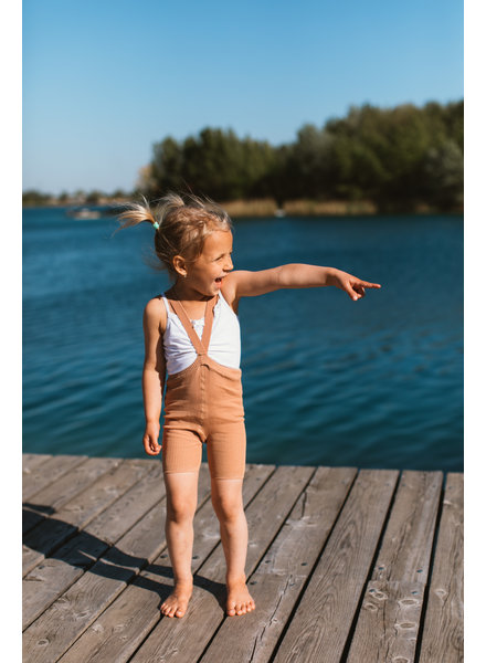 Silly Silas korte maillot/ shorts met bretels - 100% katoen - salmon brown -  0 tm 3 jaar