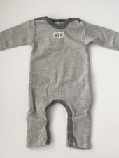 Lilano  wol zijde babypak / slaappak met omslagvoetjes - 70% biologische merino wol / 30% zijde - wit grijs gestreept - 50 tm 98