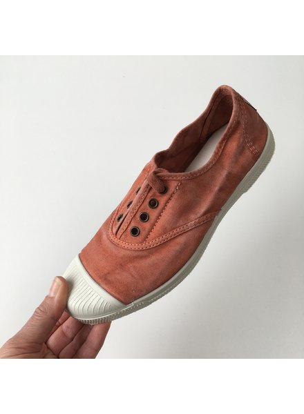 NATURAL WORLD eco sneakers dames OLD LAVANDA - biologisch katoen - stone washed terracotta rood