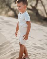 Silly Silas korte maillot/ shorts met bretels - 100% katoen - cream blend -  0 tm 3 jaar
